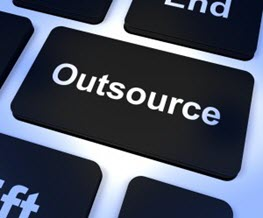 Individuelle Software entwickeln lassen: In-house oder IT-Outsourcing Dienstleister?